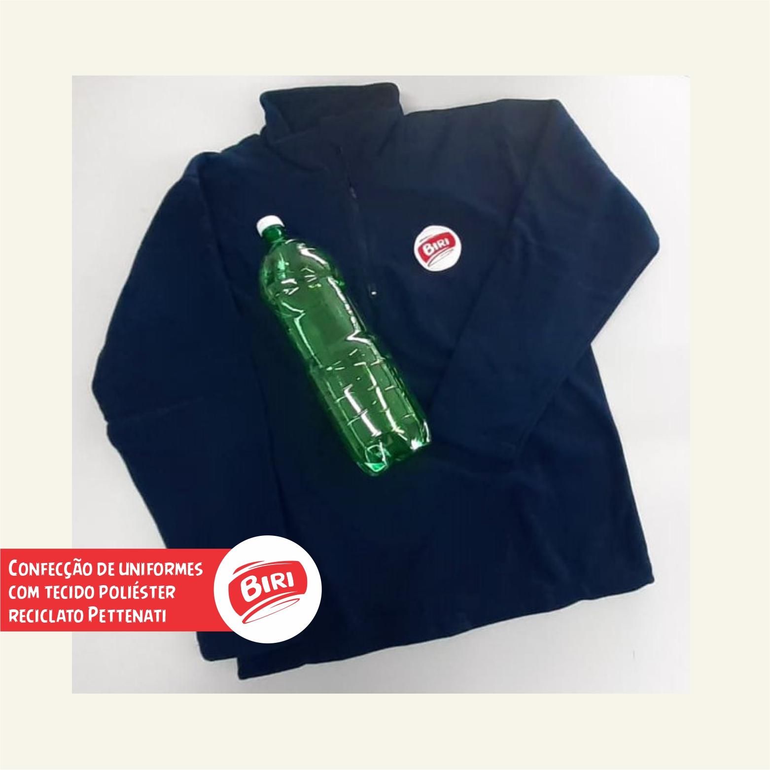 Reciclagem de garrafas PET para uniformes
